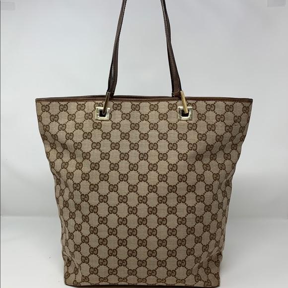 3ea6bf62544 Gucci Handbags - Authentic Gucci tote